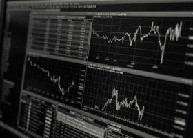 Ecran ordinateur cours de la Bourse