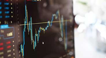 Ecran d'ordinateur avec graphique financier